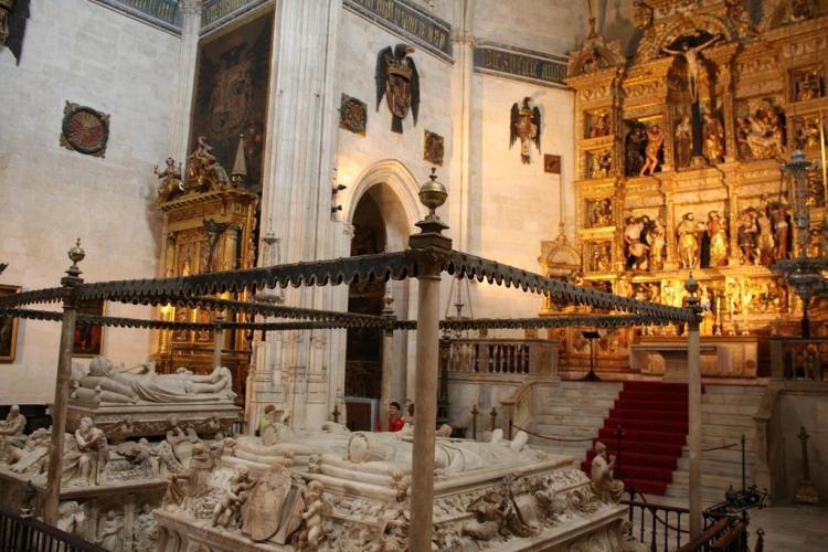 Tumba de los Reyes Católicos, Felipe y Juana en Granada. Autor: Leytol. Fuente: https://www.flickr.com/photos/leyendasdetoledo/2794240438/